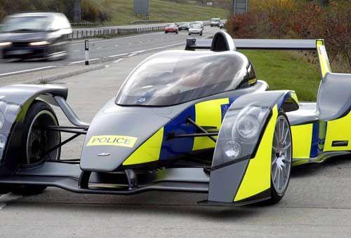 Le incredibili supercar della polizia. Foto - Motorlife