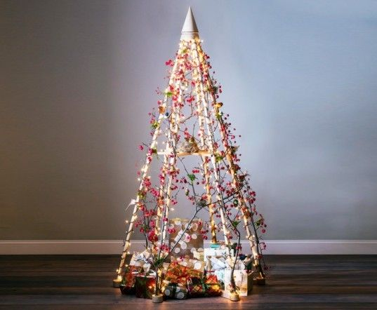14 Faux Christmas Trees to Green Your Holidays Wooden christmas