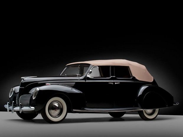 1938 Lincoln-Zephyr Convertible Sedan