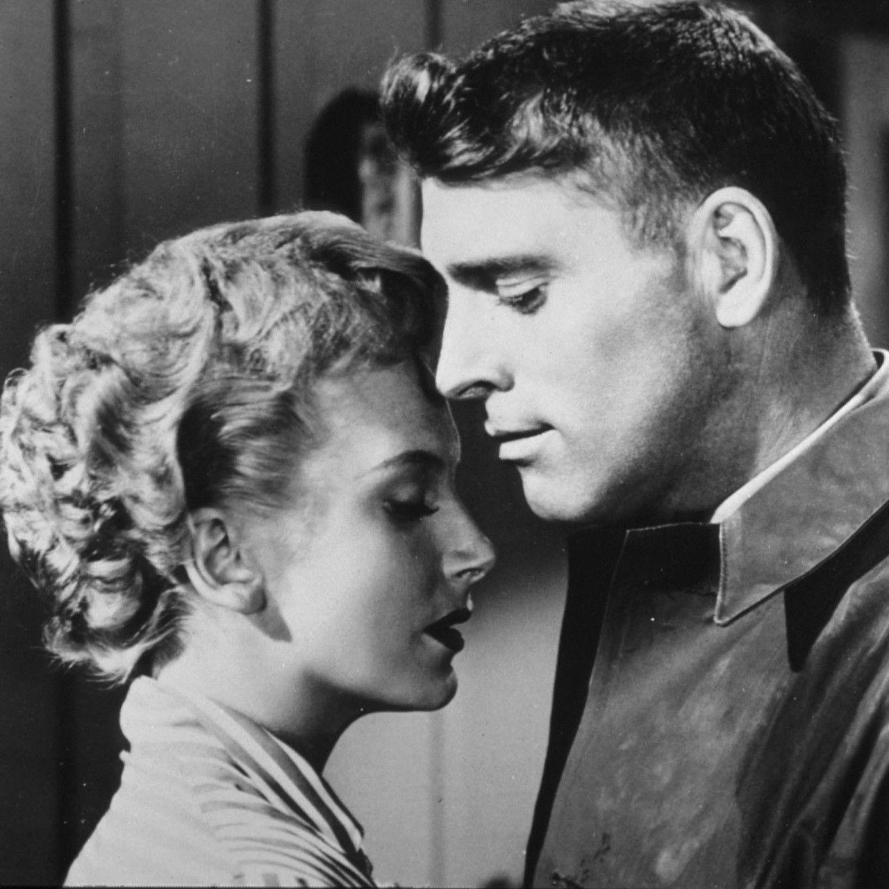 Burt Lancaster Y Deborah Kerr En De Aquí A La Eternidad From Here To Eternity 1953 Old Hollywood Movies Hollywood