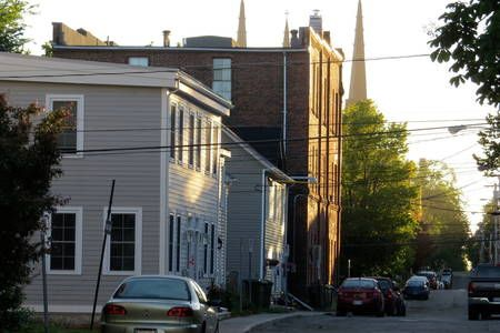 Check out this awesome listing on Airbnb: Nan's Downtown Cottage in Charlottetown