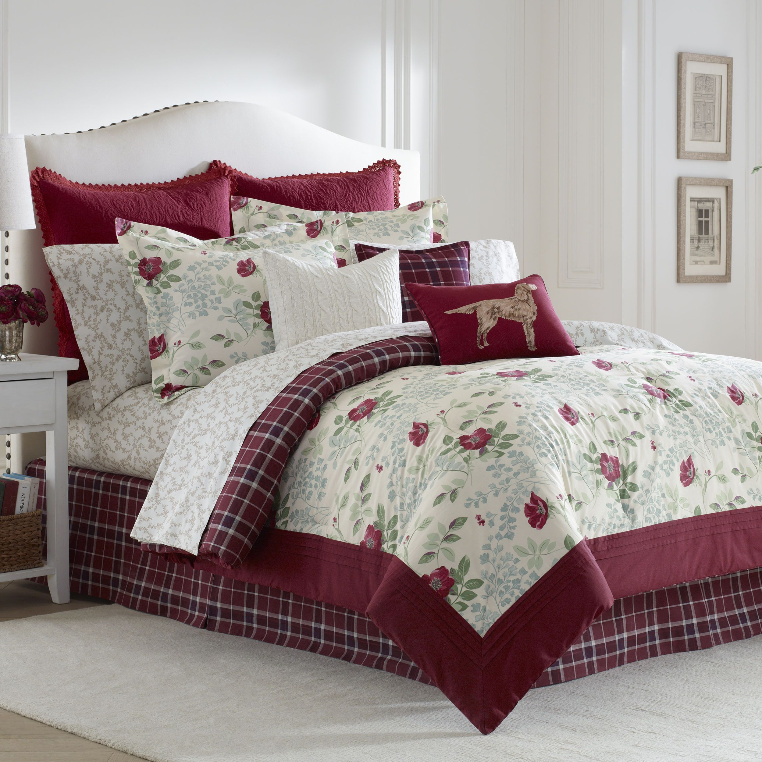 set accessories idea comforter sets white images inside bed on enjoyable and house your pictures red k bedding burgundy