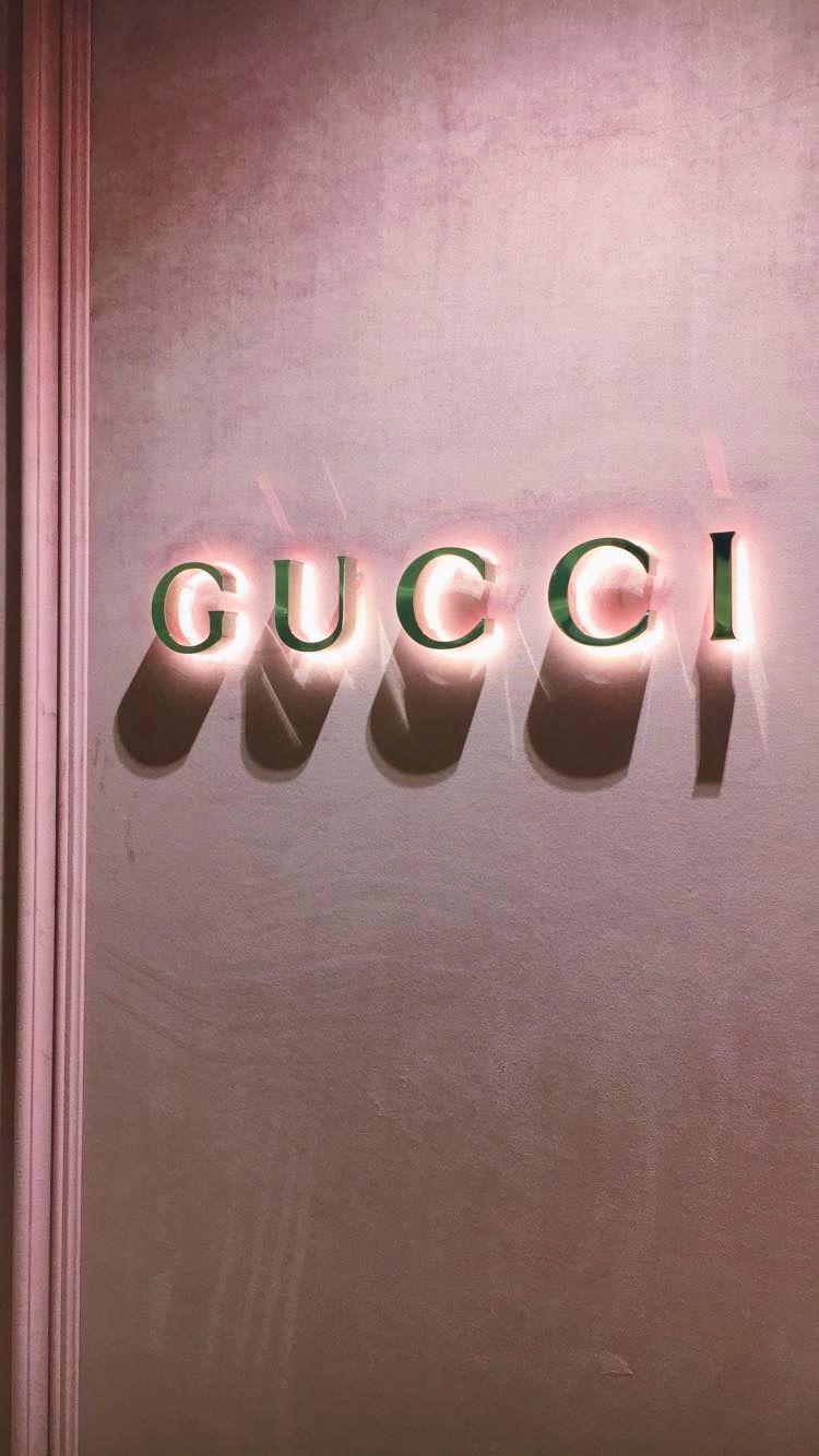 GUCCI WALLPAPER Aesthetic iphone wallpaper, Pink