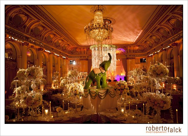 Wedding Venue In New York The Plaza Photo By Roberto Falck Photography Www Robertofal Indian Wedding Inspiration Indian Wedding Decorations Indian Wedding