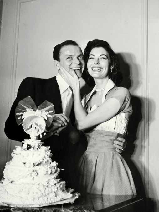 Frank Sinatra and Ava Gardner on their wedding day, November 7, 1951 ...