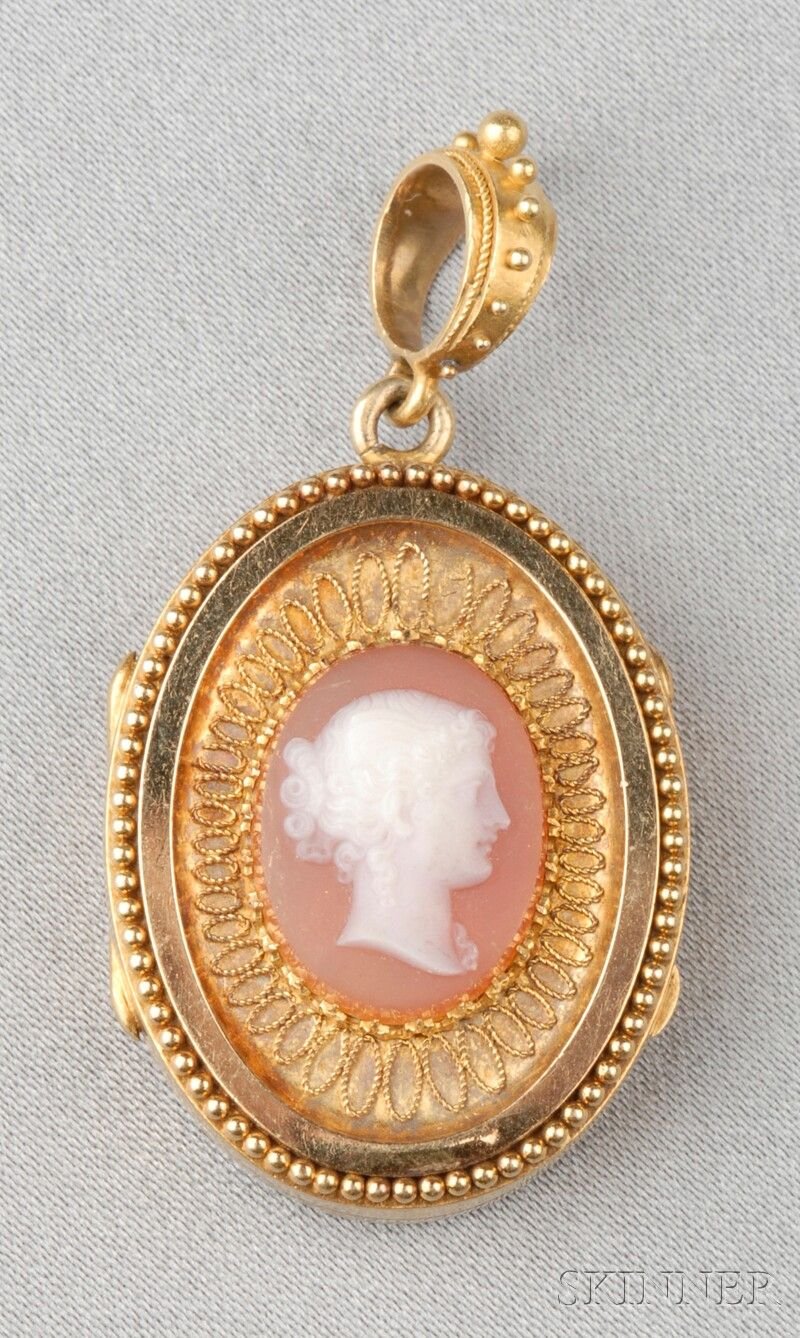 Antique 18kt Gold and Hardstone Cameo Locket Depicting Psyche, Within An Applied Bead And Ropework Frame, Opening To A Compartment - Provenance: Descended In The Family Of Mrs. Hope Goddard Iselin Of New York And Newport