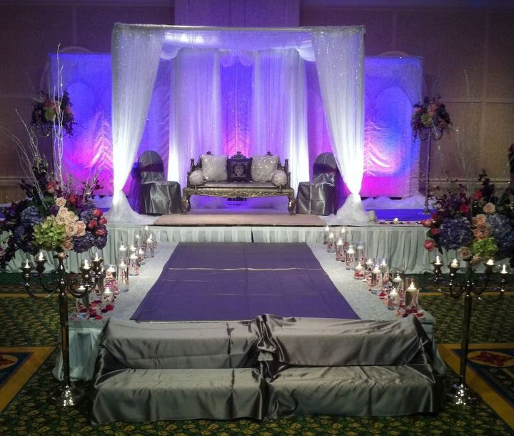 Tips for choosing your indian wedding colors sweetheart table tips for choosing your indian wedding colors indias wedding blog junglespirit Images