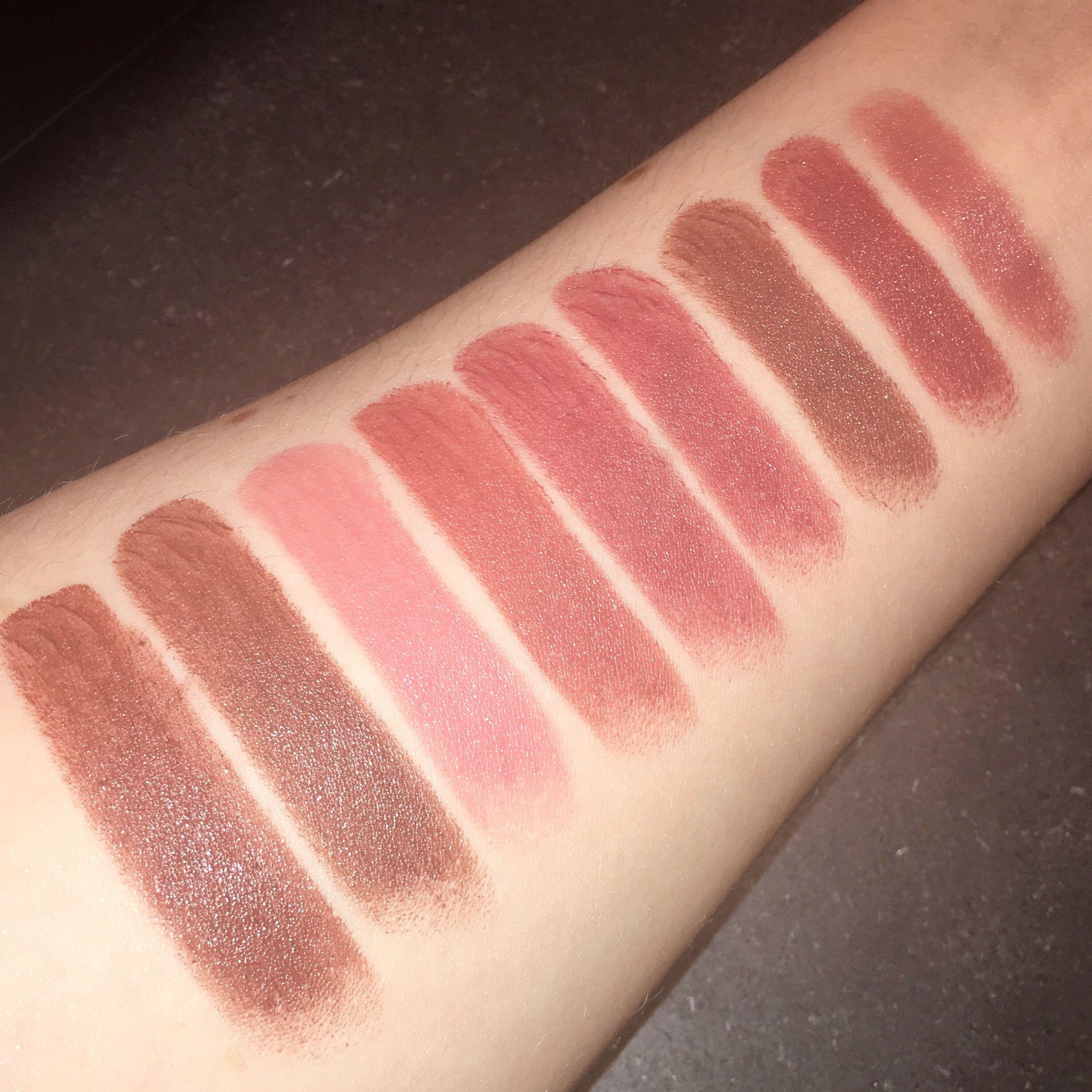 Bobbi Brown Lip Color - Left To Right Rich Cocoa, Hot -2397