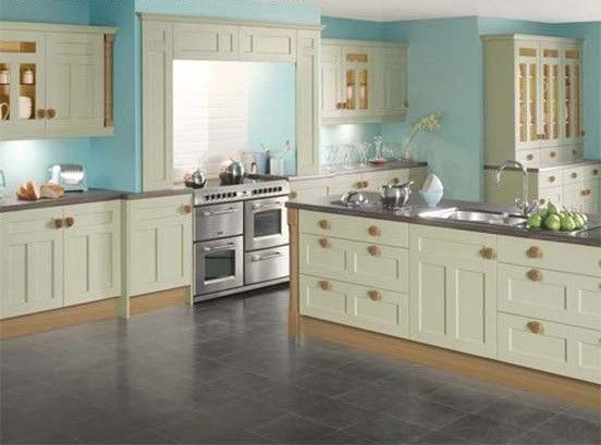 Cut price kitchens royal sage oak kitchen a brushed oak for Brushed sage kitchen cabinets