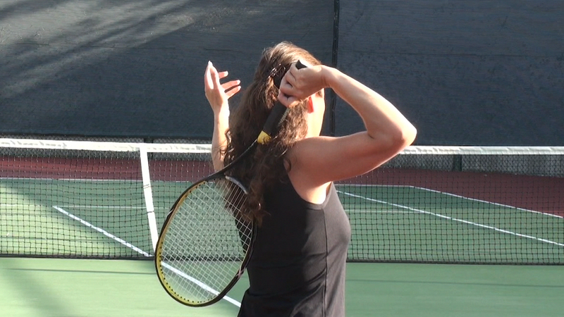 Learn How To Improve Your Tennis Serve Find Out Where To Stand How To Grip The Handle And Discover The Four Basic Steps O Tennis Serve Tennis Tennis Workout
