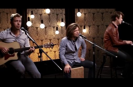 """An Acoustic Cover Of """"Ain't No Sunshine"""" By Hanson"""