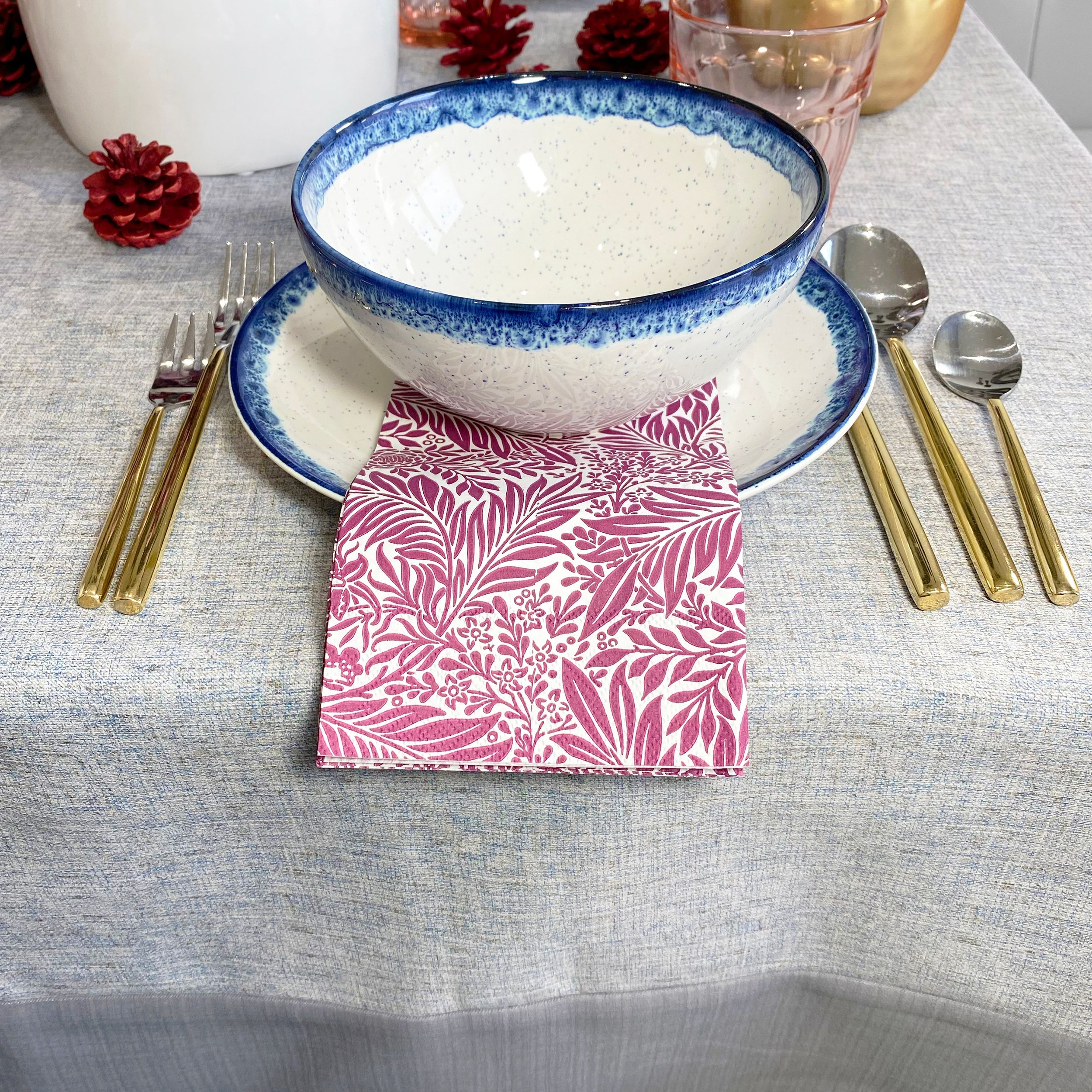 Happy Dia de los Muertos to my Mexican friends! And how was your Halloween this weekend? Seems like Covid didn't slow down the candy influx in this household 🤣 Hope your celebrations were wonderful like ours. New Blog Post! Fall-ing in love with the Victoria Tablecloth 💓 #tablesetting #tabledecor #tabledecoration #diningroom #diningtable #diningtabledecor #tablecloth #aroundthetable #tablesettingdecoration #tablestyling #tablescape #ardeahome #falltable