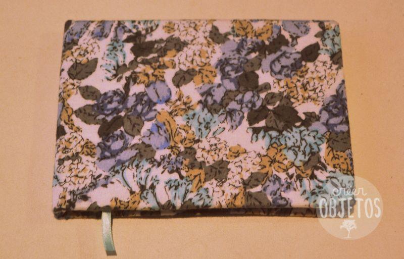 Cuaderno artesanal forrado - 80 hojas A6 blancas lisas