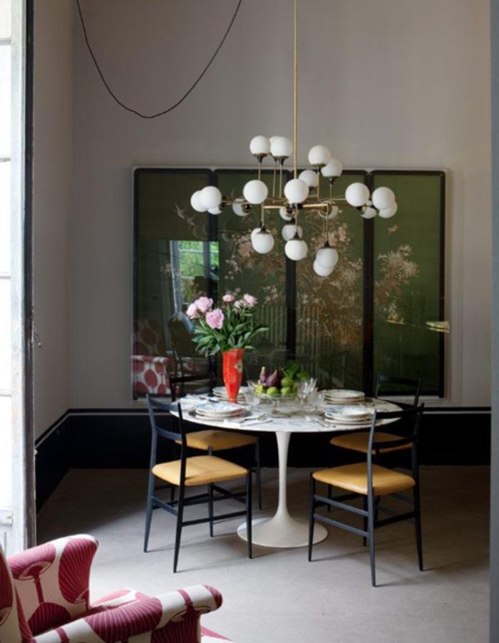 Awesome Tisch Deko Esszimmer Runder Esstisch Frische Blumen