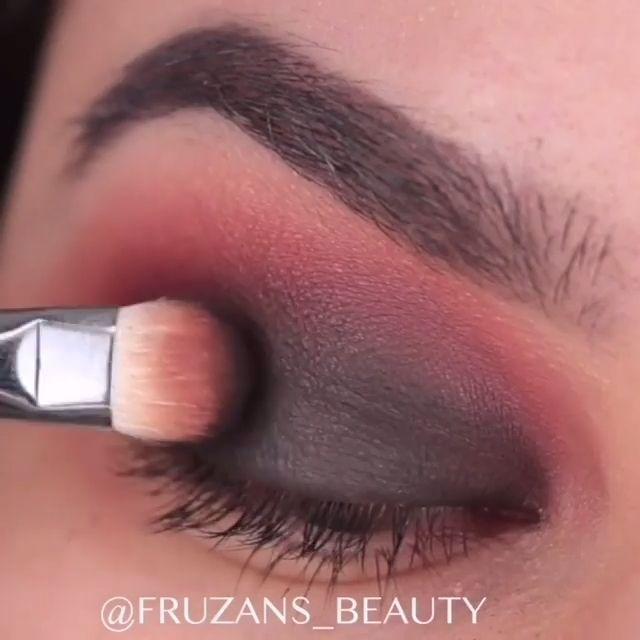 Photo of 60 Eye Makeup Looks Ideas * 28 –  eye makeup natural,eye makeup tutorial,brown e…