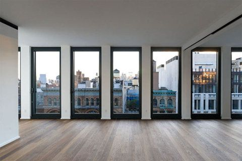 I would LOVE windows and lighting like this for my future studio.