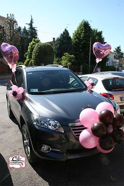 9b2351c2f434 Addobbo auto sposi per il matrimonio dai colori rosa e marrone ...