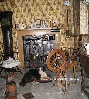 Inside Victorian Homes | Most Poor Houses Only Had One Or Two Rooms  Downstairs And One