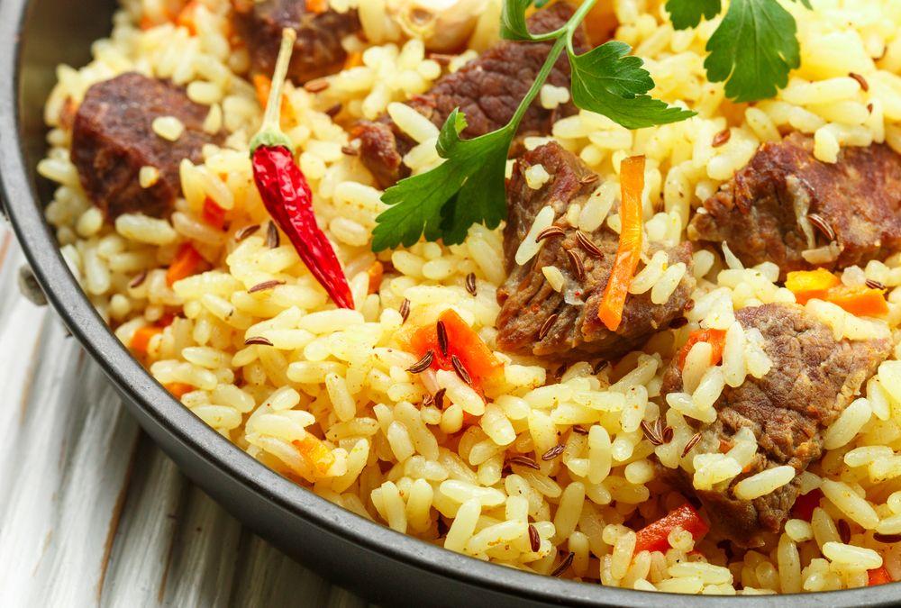 Resep Nasi Kebuli Kambing Khas Arab Betawi Mudah Dibuat Happyfresh Resep Masakan Arab Resep Masakan Resep Masakan Indonesia