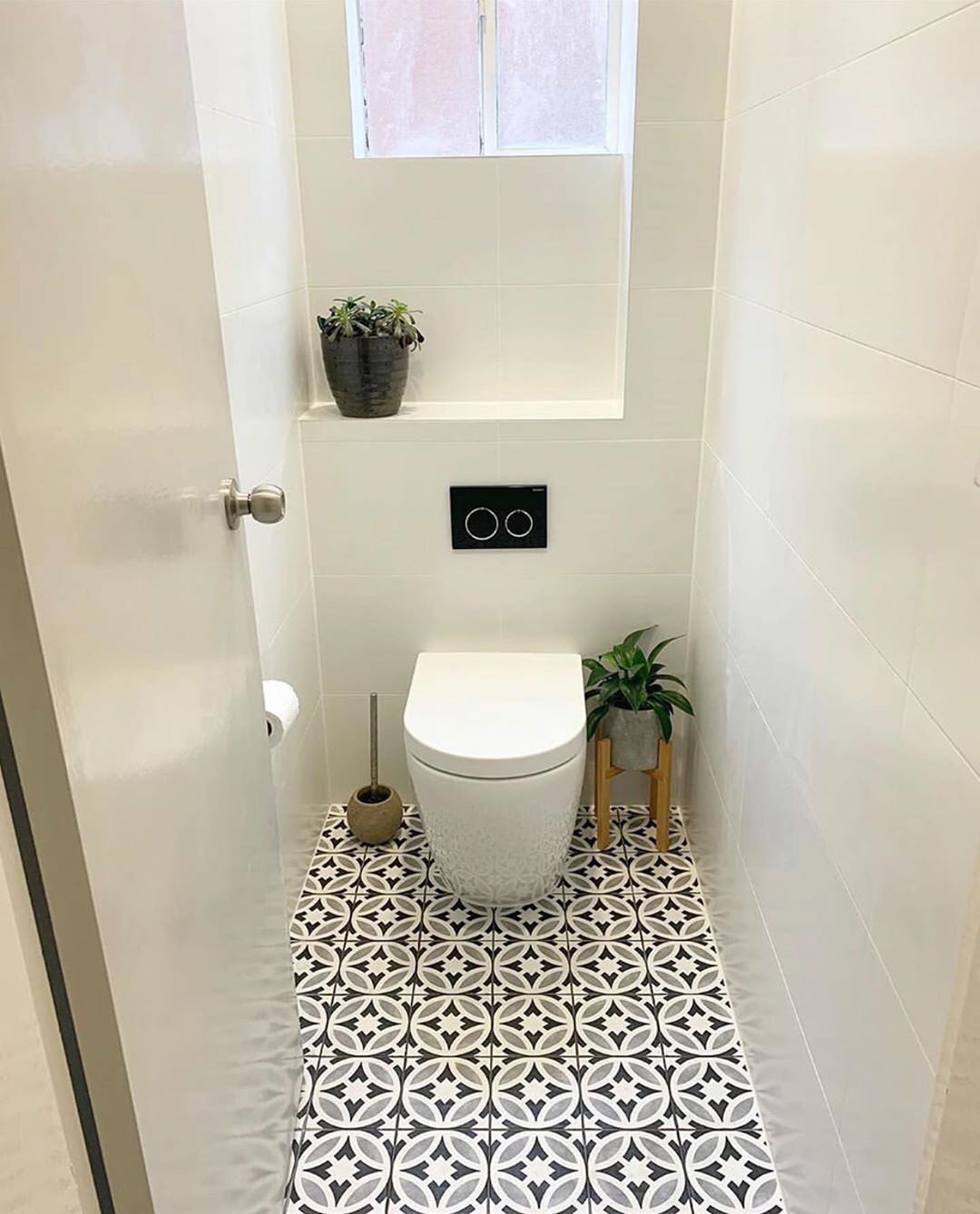 Decorated Small Water Courses Suitable For Apartments Very Sweet And Wall Shelves Better And More Bea Bathroom Remodel Master Bathrooms Remodel Wall Shelves