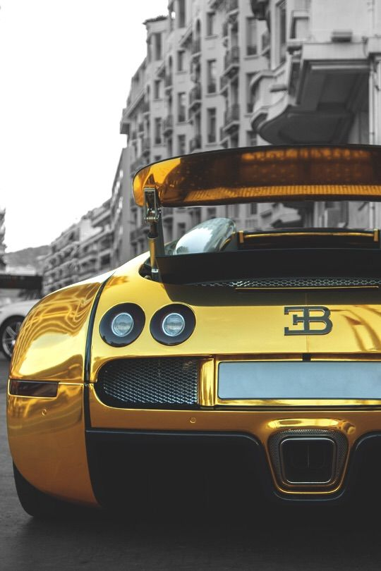 Golden Veyron Such Beauty Awesome Cars Pinterest Bugatti