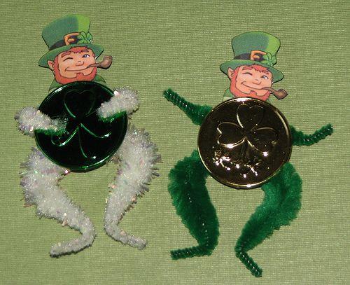 St Patrick/'s Day Leprechaun Enamel Pin Badges Includes Box