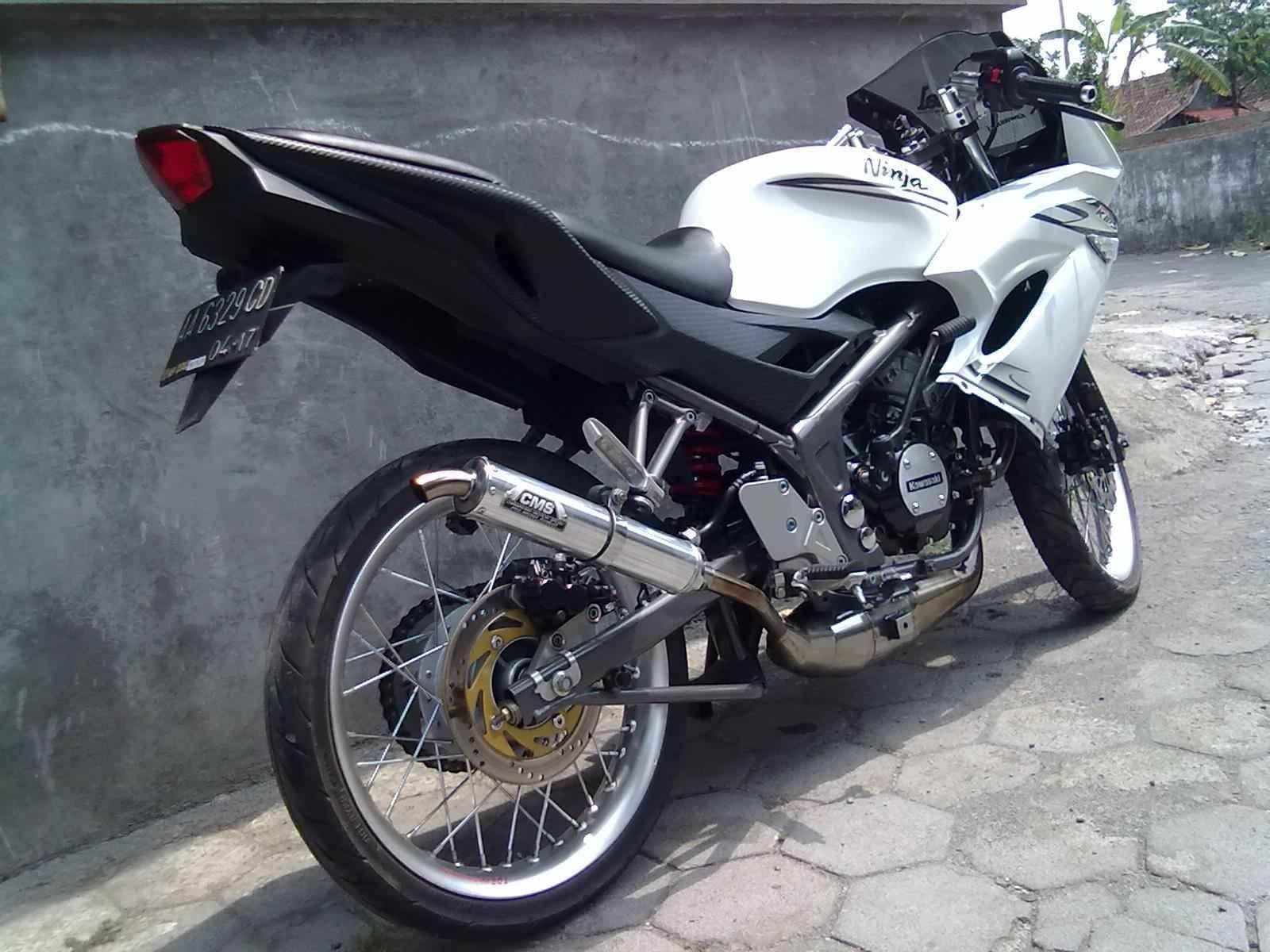 Modif Kawasaki Ninja 150 Rr Velg 17 Jari Jari Modifikasi Motor