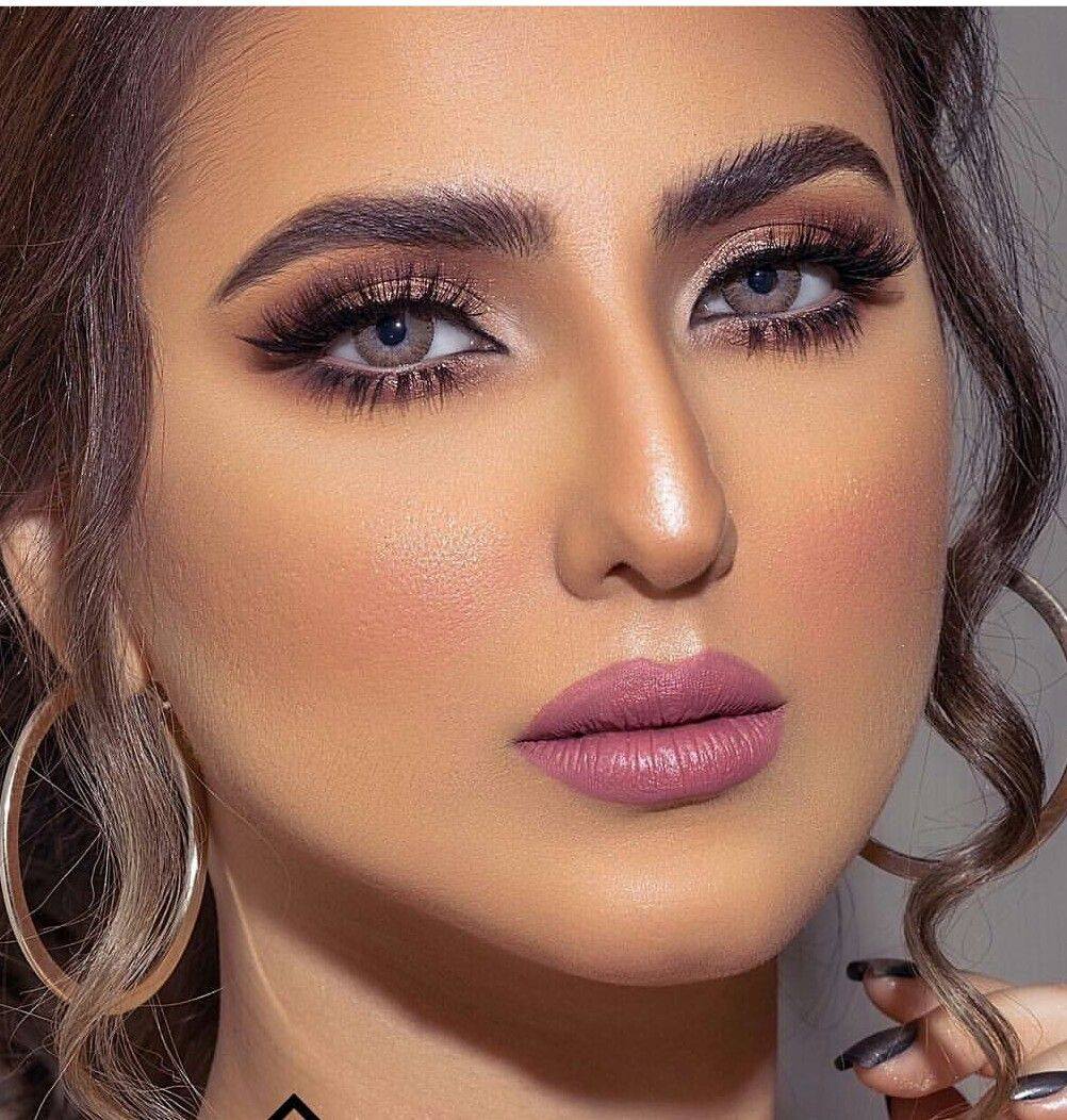 Pin By Rena On Make Up Best Makeup Products Makeup For Green Eyes Arab Beauty