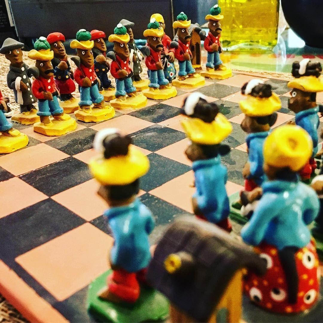 Ready for #battle  all man standing! Prontos para a batalha! #art #artebrasileira #artesanato #tradicao #cangaço #nordeste #chess #xadrez #clay #clayart #brazilian