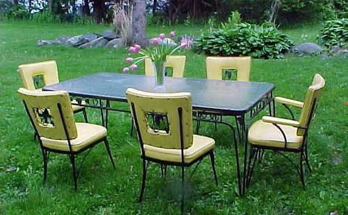 Vintage 1960s Black Wrought Iron Grapes Patio Furniture Table Antique  Dining Set