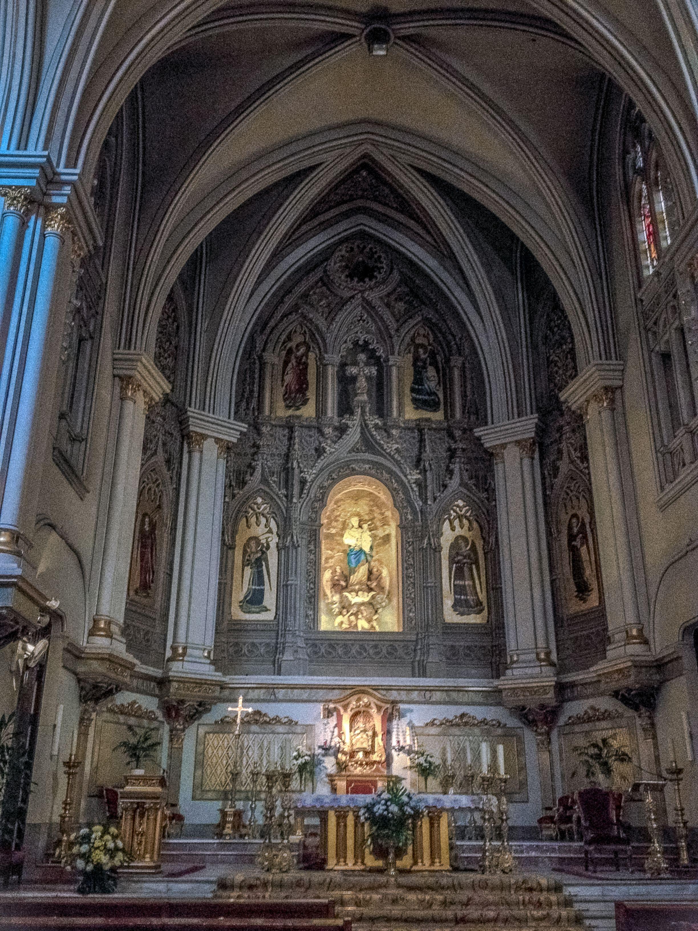 Interior Parroquia De Nuestra Señora De Los ángeles Calle Bravo Murillo 93 Madrid Ciudad Virgen De Los Angeles Iglesia
