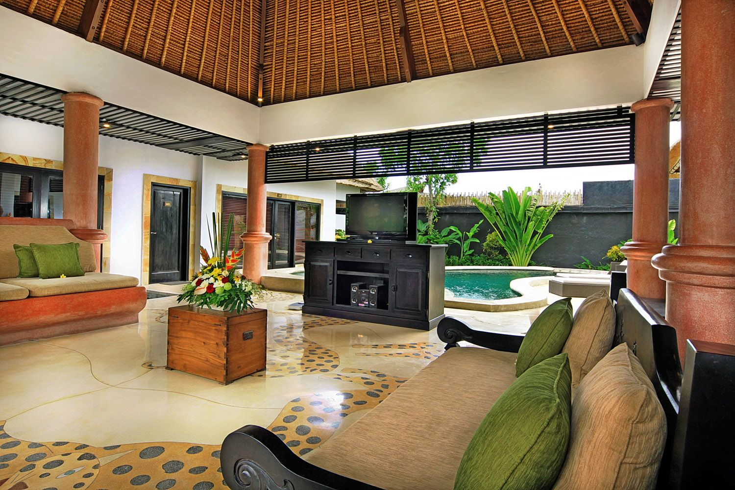 Presidential Suite. Spacious Three Bedrooms Villas set at spacious lush tropical garden environment, equipped with large free formed swimming pool and a plunge pool, wide space living room and kitchenette. Bed configuration, 0ne - king bed and two - twin bed rooms are the ideal room arrangement suitable for family and group of friends. Each of rooms is equipped with separate standing shower and enlarge innovative bathtub with fully equipped bathroom amenities.
