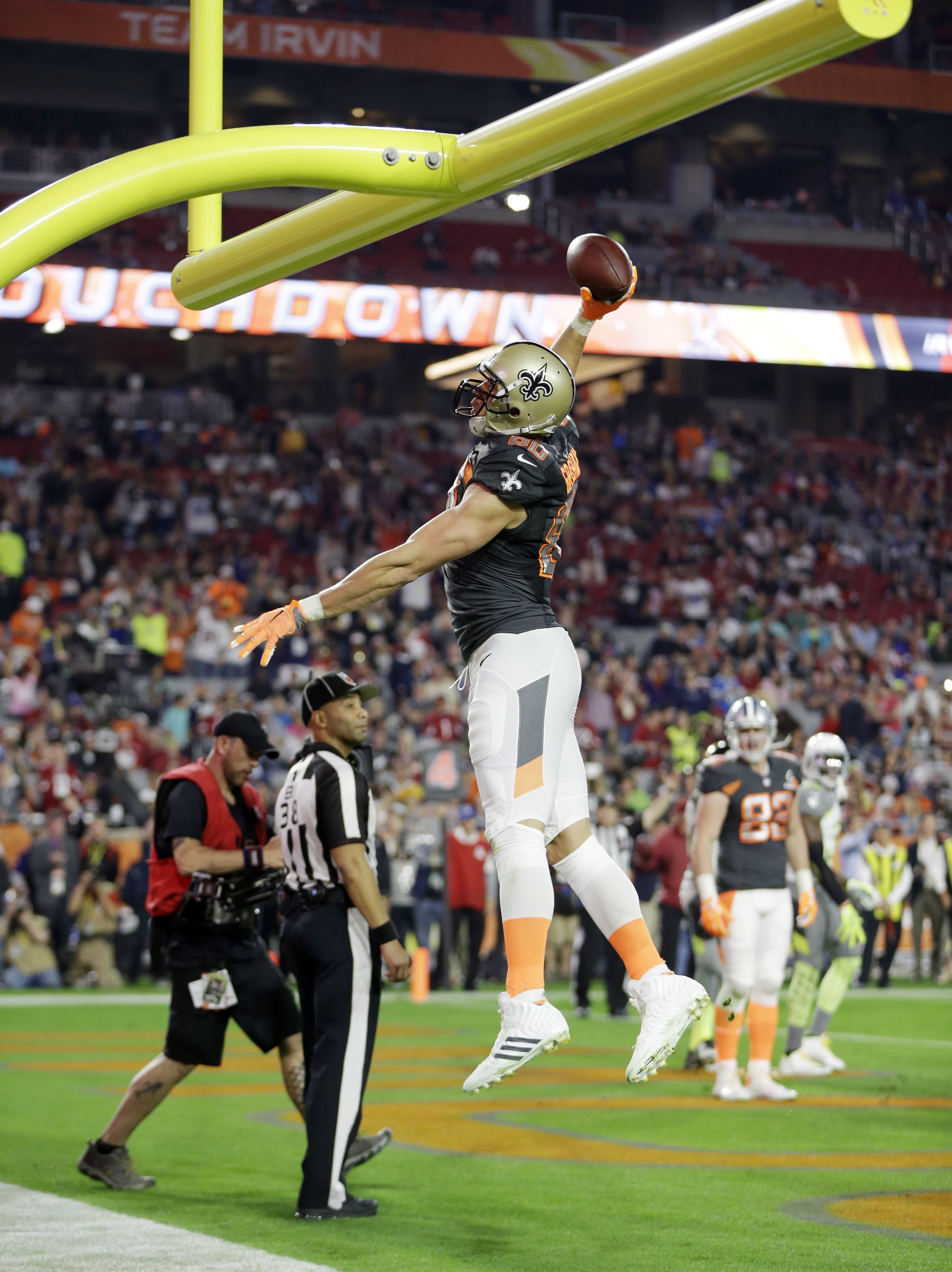 Jimmy Graham At The 2015 Pro Bowl Jimmy Graham New Orleans Saints Saints Football