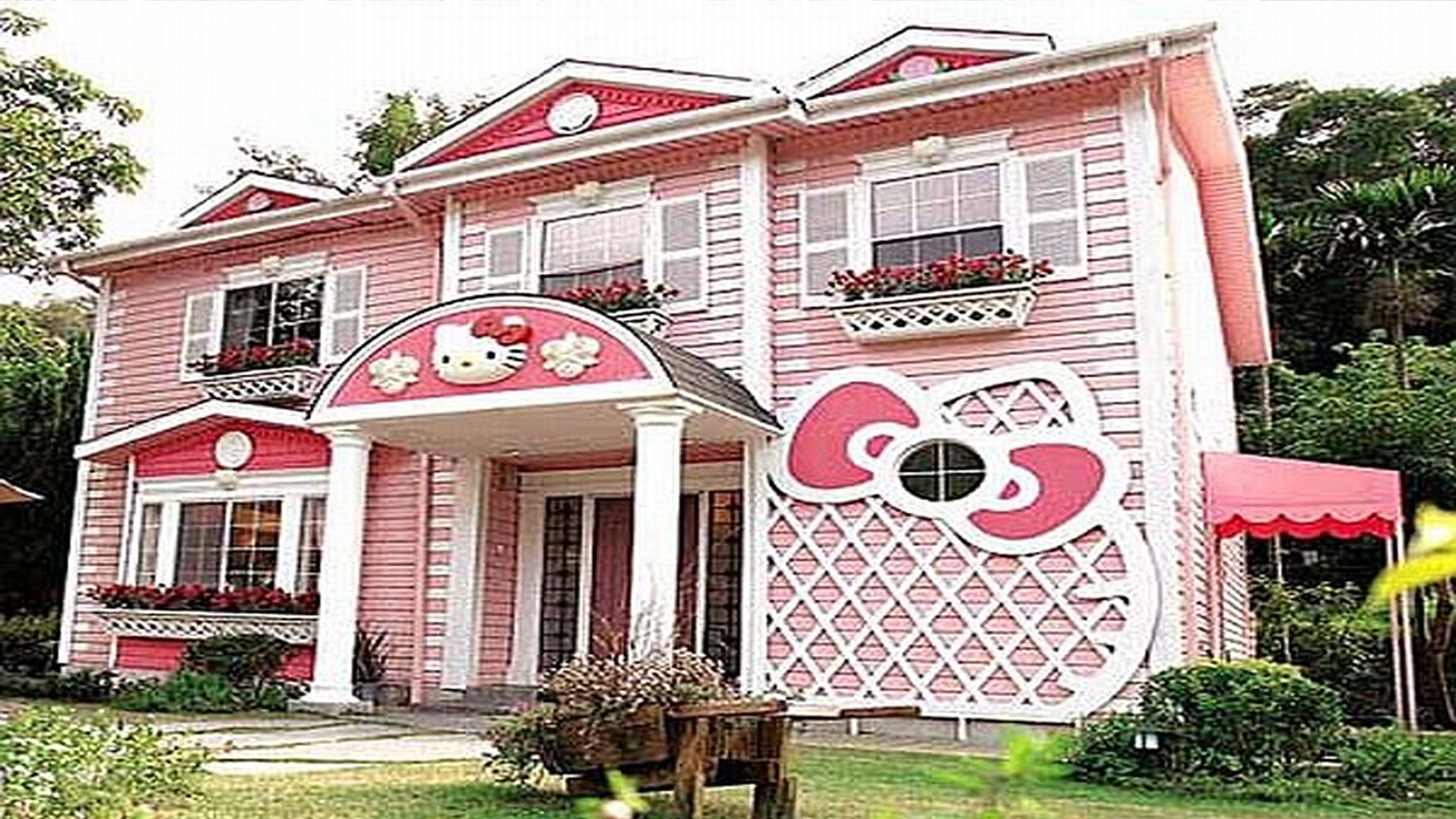 Hello Kitty House Well I May Not Want To Live Here But I