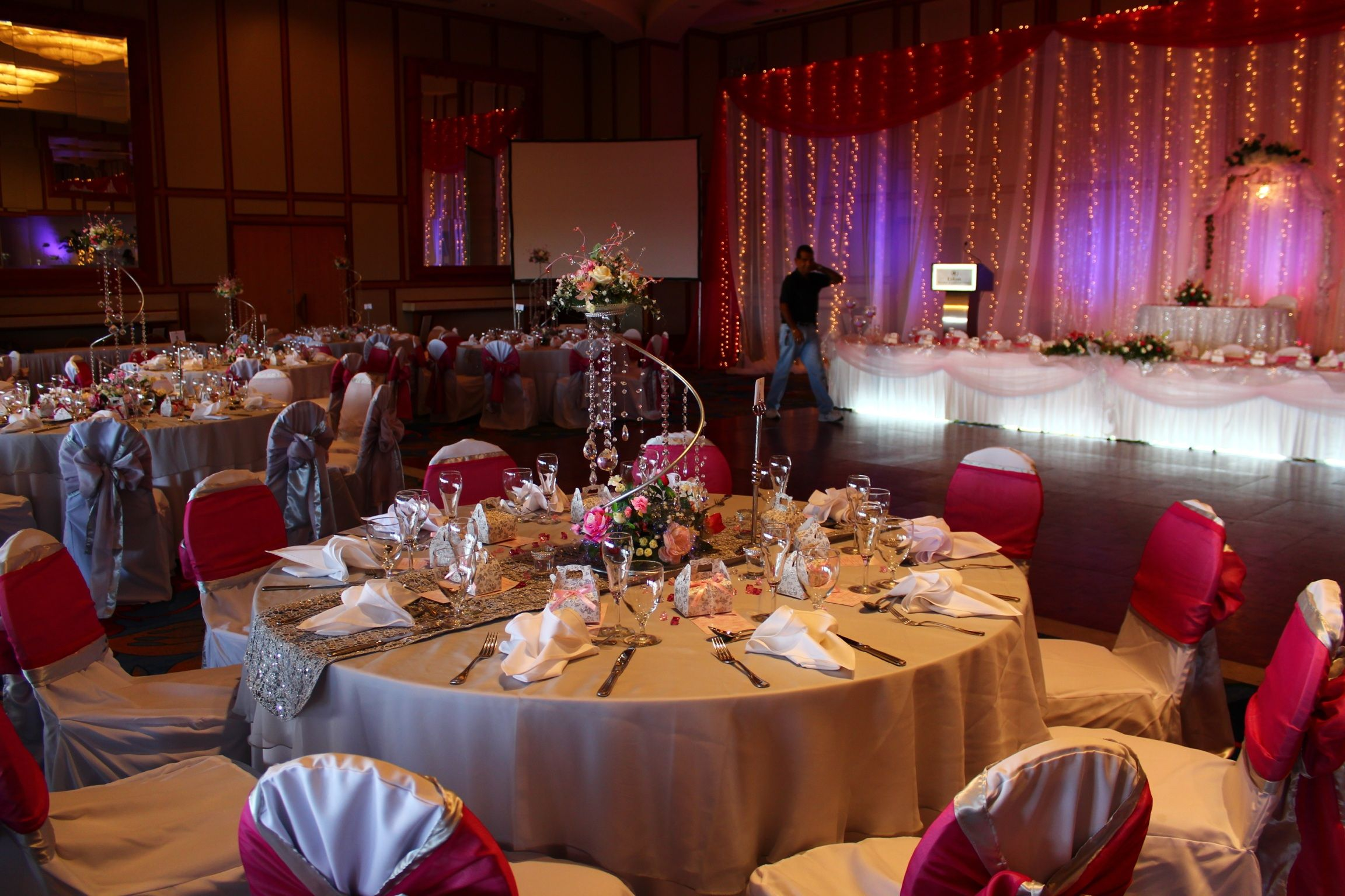 attend singapore centerpieces ideas decorations wedding wed at rent an reception for home die decor to tables decorating