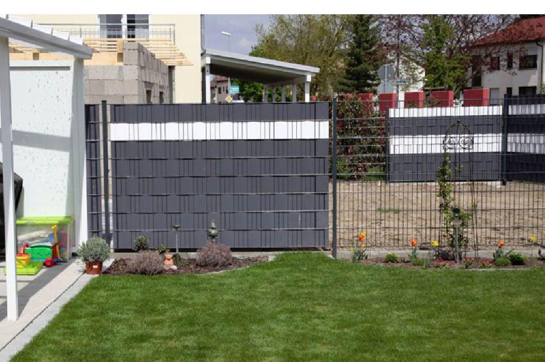 Sichtschutz Referenzbilder Und Beispiele Sichtschutzzaun Doppelstabmattenzaun Zaun