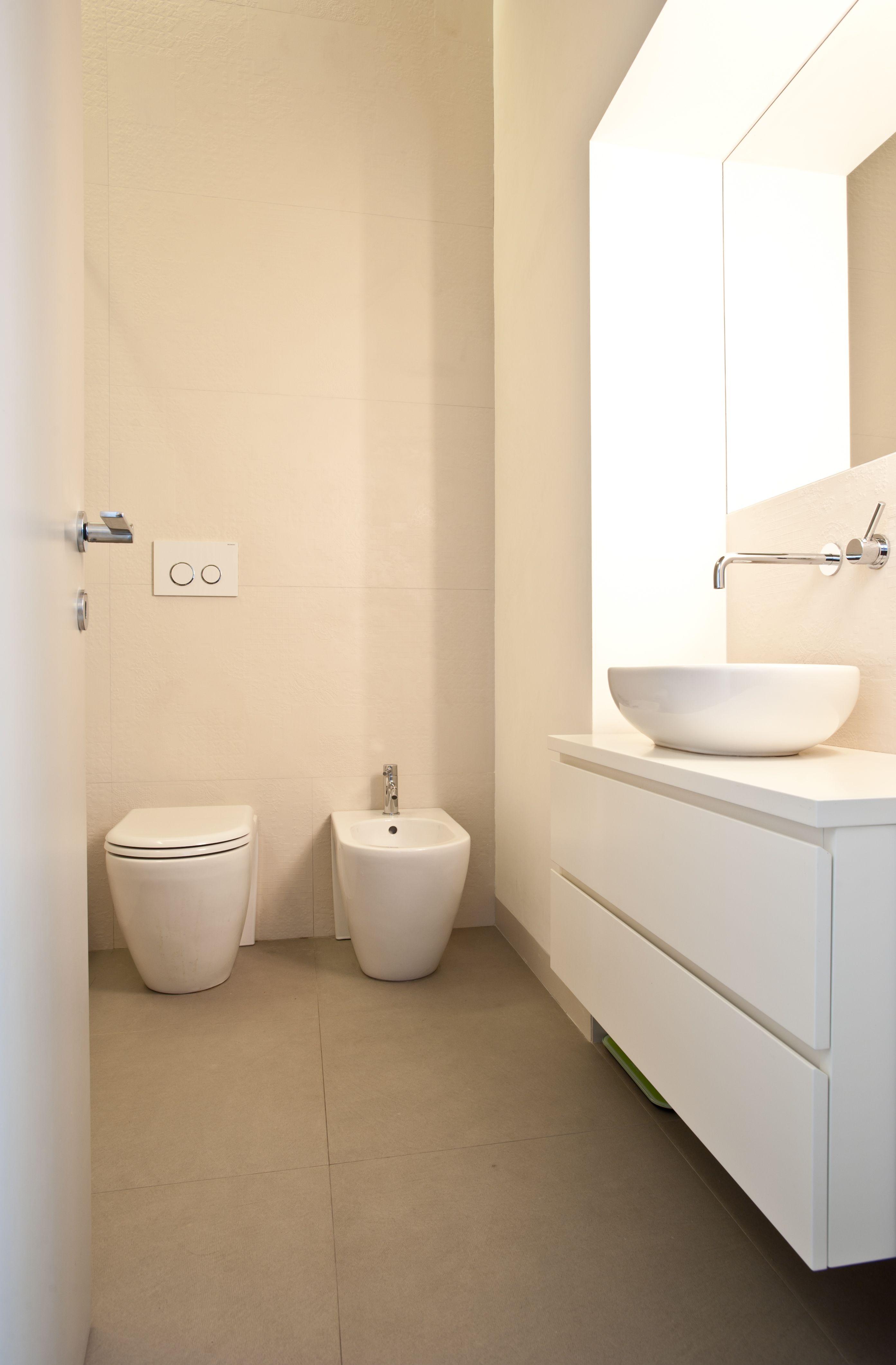 www.disegnoinopera.it  - stanza da bagno - casa a due altezze