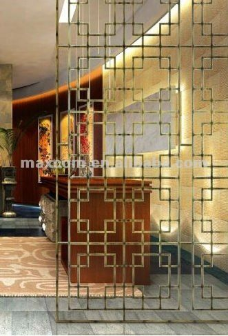 Decorative Parion Wall Clical Metal View