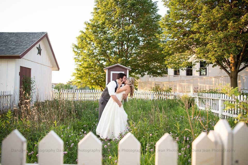 Wedding, wedding portraits, bride and groom portrait, dana jean photography, Geneva IL photographer, danajeanphoto.com