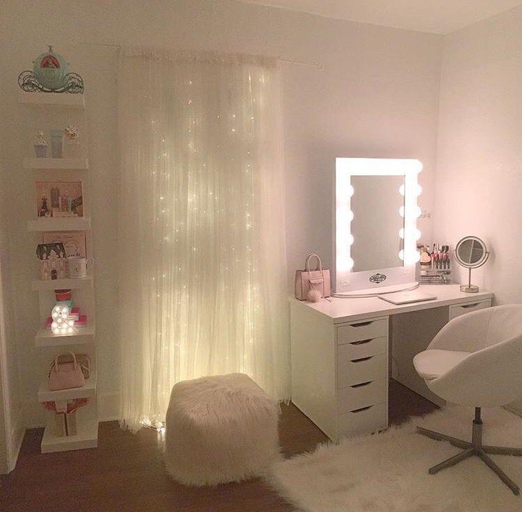 Pin von Lea-marie Möhle auf Zimmer Ideen | Beauty room ...