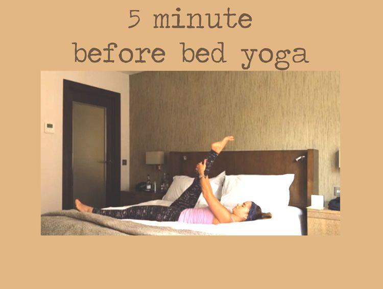 Pin it! 5 min before bed yoga sequence Wearing: Wellicious tank&Wellicious pants c/o, Sweaty Betty headband.