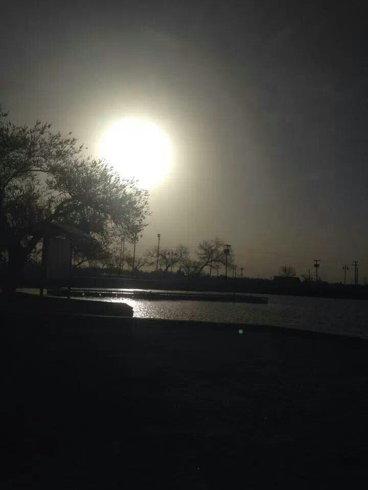 Ascarate lake el paso sunrise sun city outdoor celestial