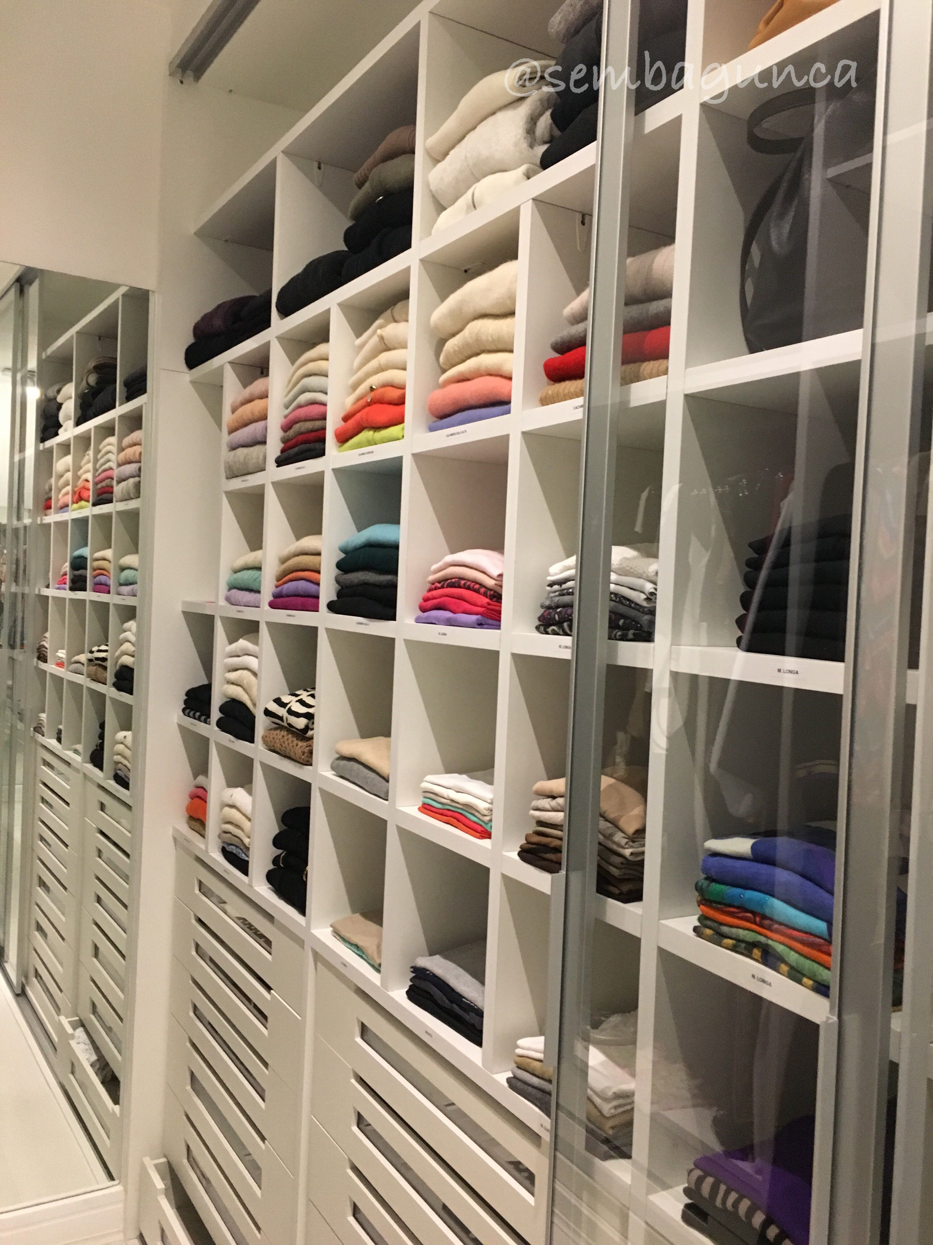 Personal Closet Organizer organizedsem bagunça, personal organizer > instagram