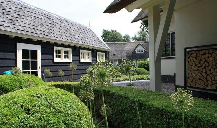 Huis Donker Hout : Mooi donker hout voor de schuur. aanbouw garden rustic gardens