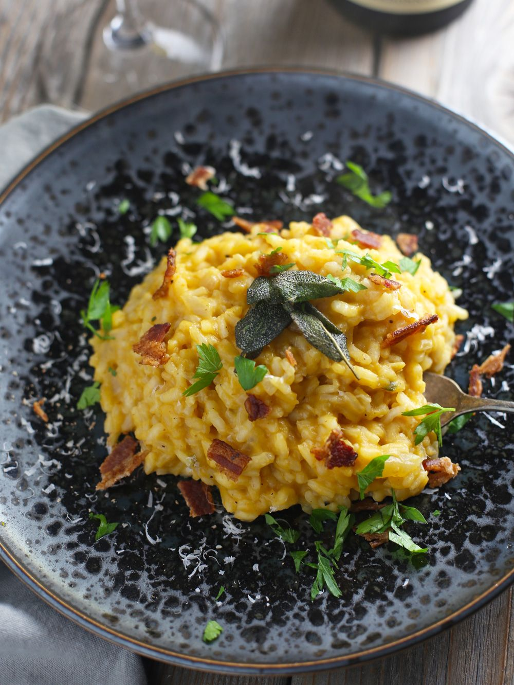 Smoked pumpkin risotto is a fantastic and mildly smoky twist to a traditional risotto. A fantastic fall recipe for smoked food lovers.