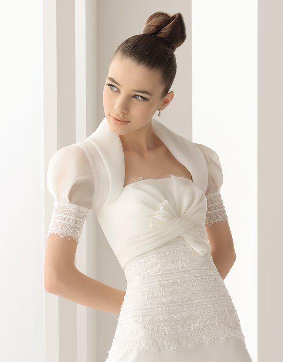 chaqueta en organza y encaje para novia de aire barcelona | moda