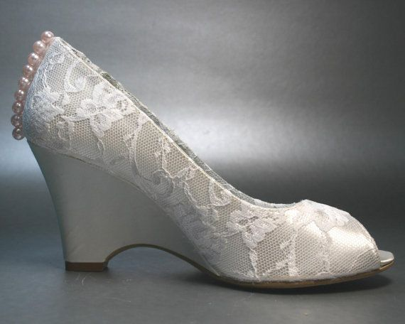 17 Best images about Wedding Shoes on Pinterest | Blue wedding ...