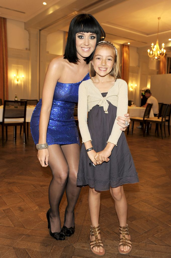 Katy perry aka katheryn elizabeth hudson fashion my legs Celebrity fashion style blog