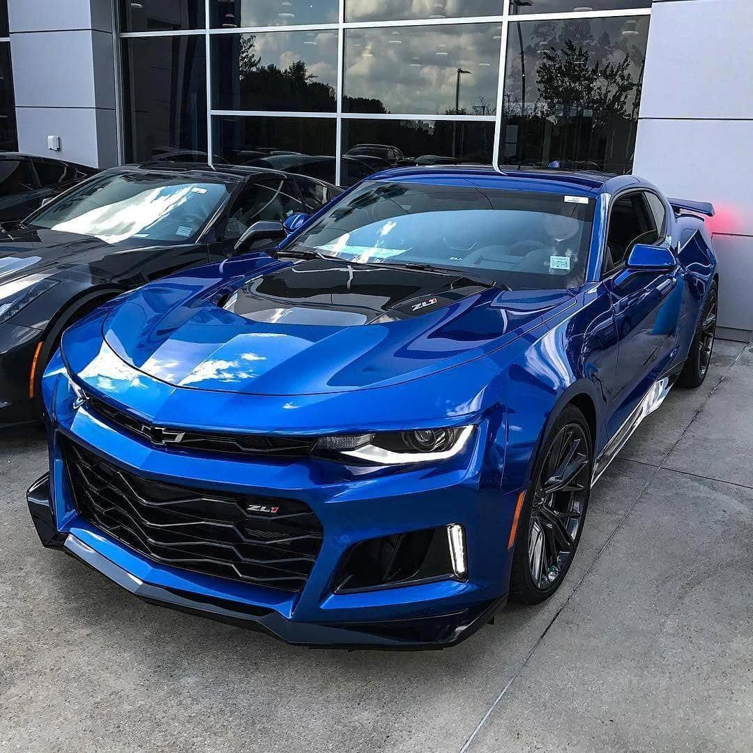 The Prestige Of Italian Sports Cars In 2020 Chevrolet Camaro Zl1