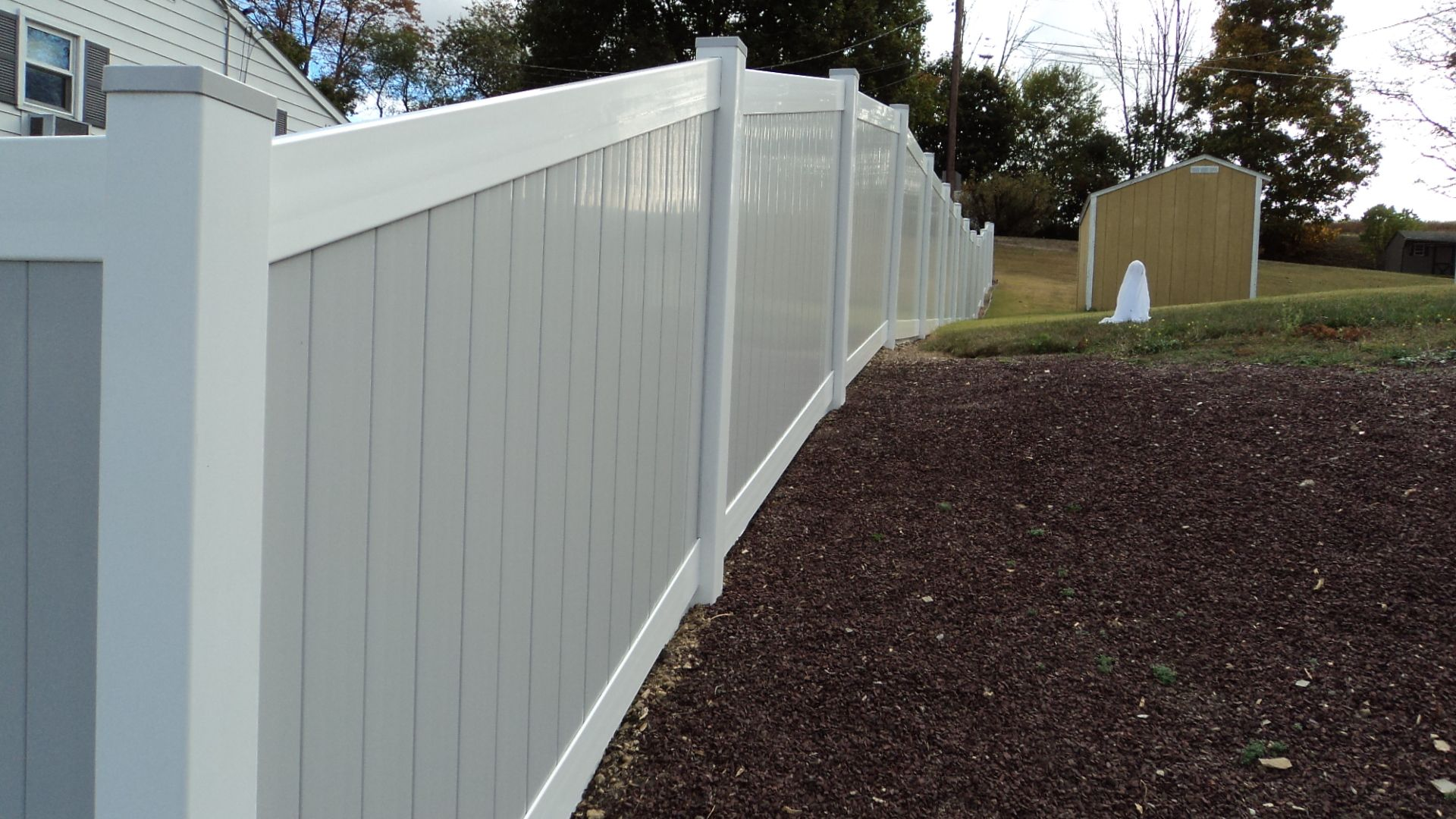 mix n match 5 high vinyl fence gray panels with white rails